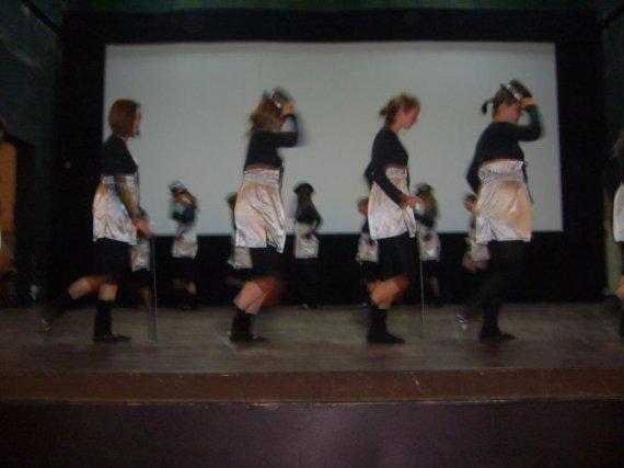 zajecia plastyczne i taneczne 006